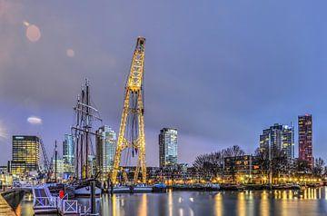 Rotterdam: Waterstad in de ochtend van