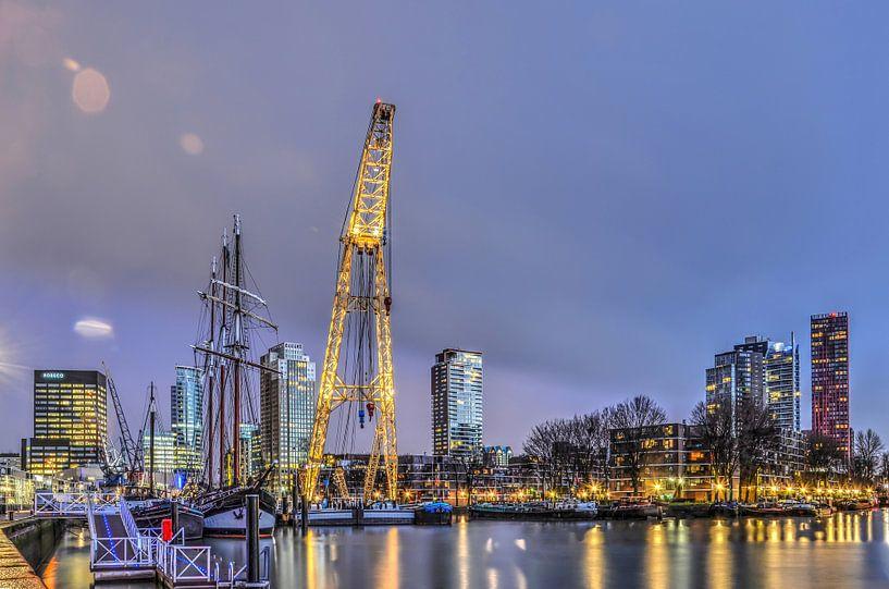 Rotterdam: Waterstad in de ochtend van Frans Blok