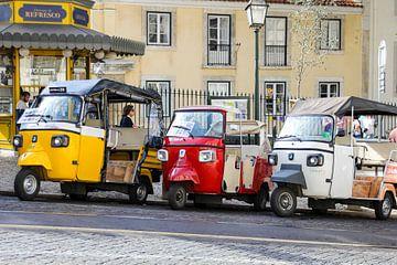 Tuktuk's in Lissabon van Petra Brouwer