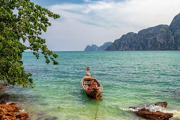 Ein magischer Schuss eines verlassenen Meeres in Ko Phi Phi von