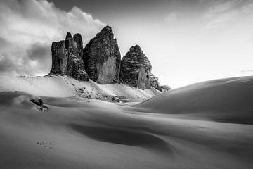 De drie pieken omgeven door sneeuw van Daniela Beyer