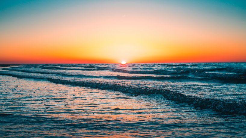 Breezand zonsondergang 3 van Andy Troy