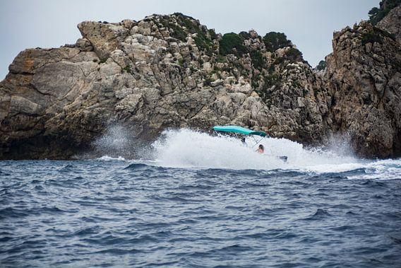 Slamming the waves