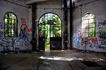 Verlaten watertoren van Joachim G. Pinkawa