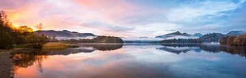 Sonnenaufgang in Derwentwater, Lake District von Rietje Bulthuis
