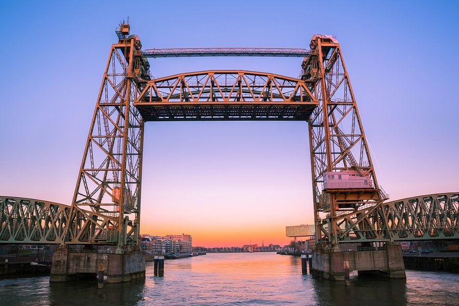 De Hef tijdens zonsondergang van Prachtig Rotterdam