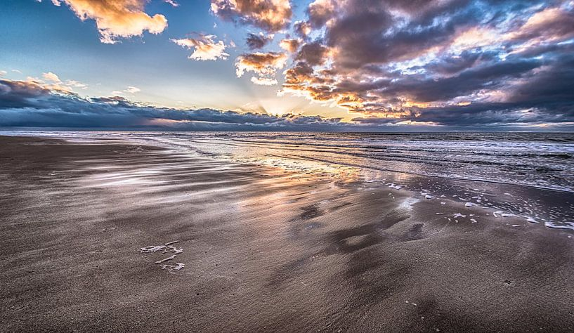 Beautiful Dutch Beach van Alex Hiemstra