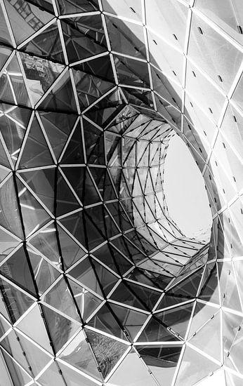 Een abstracte zwart wit foto van architectuur