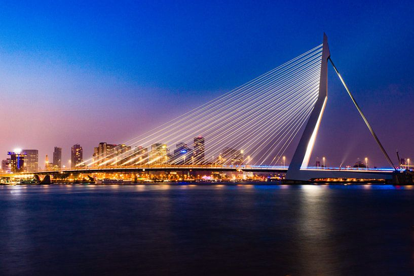 Erasmusbrug Skyline Rotterdam van Bri Fotografie