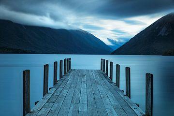Lake Rotoiti zur blauen Stunde, Nelson-Lakes-Nationalpark, Südinsel, Neuseeland von Markus Lange
