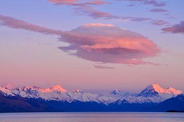 Zonsondergang bij Mount Cook van Denis Feiner