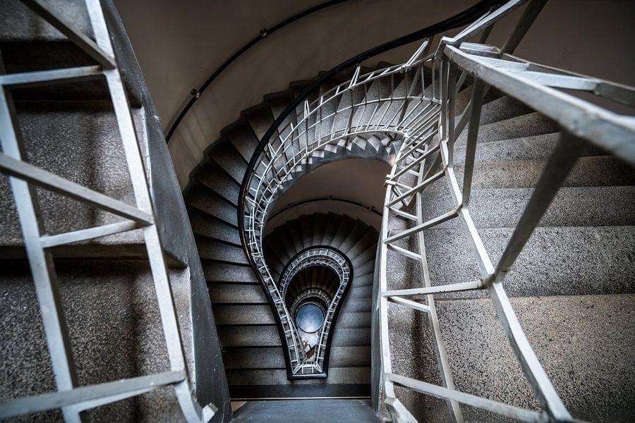 Spiral Trap van Scott McQuaide