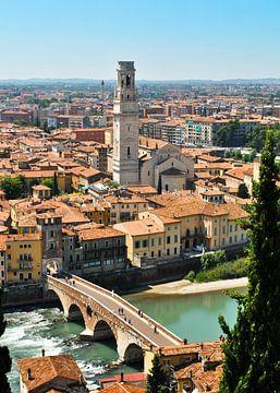 Duomo di Verona e Ponte Pietra von Gert Tijink