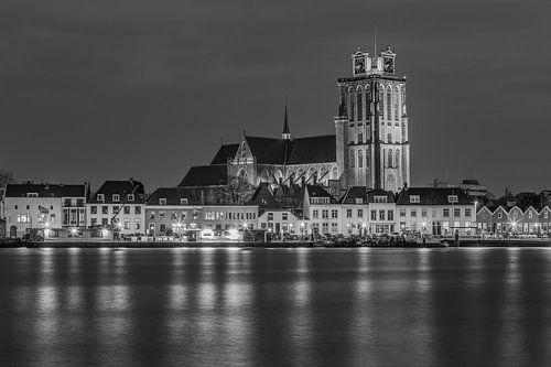 Grote Kerk in Dordrecht in zwart-wit - 1 van