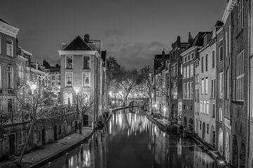 Alter Kanal und Fischmarkt in Schwarz und Weiß von Elles Rijsdijk