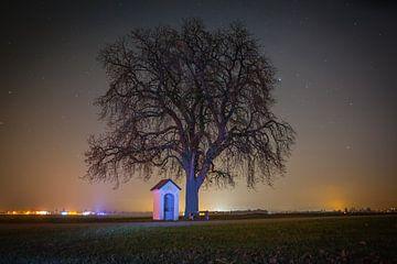 Kapelle bei Nacht von Hermann Kollinger