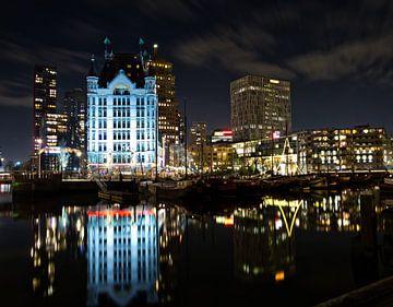 Rotterdam by Night; Het witte huis van Astrid Luyendijk