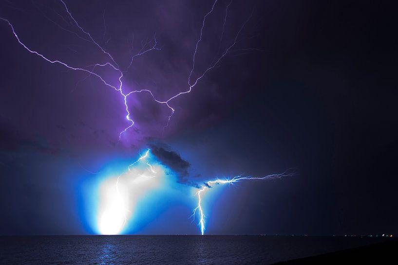 Onweer boven t wad (1) van schylge foto
