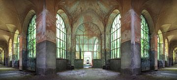 Cloîtres abandonnés et délabrés sur Frans Nijland