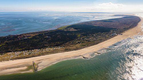 La plage de la mer du Nord de Vlieland sur