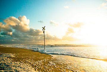 Sylt: Warnbake on the beach in front of Westerland (2) van Norbert Sülzner