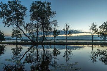 Verlaten landschap sur Renate Oskam