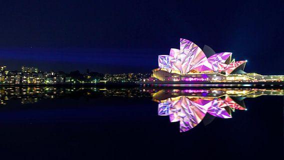 Vivid Sydney Opera House van Guy Florack