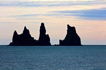 Reynisdrangar te IJsland van