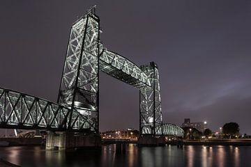 Voormalige spoorbrug De Hef in Rotterdam van Rick van der Poorten