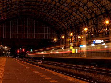 Nuit à la gare I Haarlem I Temps d'arrêt prolongé I Départ du train