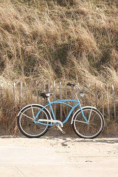 Fiets Bij Het Strand In Zandvoort van Henrike Schenk