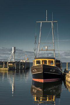 Entree van de haven van  van het Friese havenstadje Hindeloopen van Harrie Muis