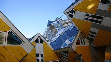 De beroemde kubuswoningen in Rotterdam von R. Khoenie