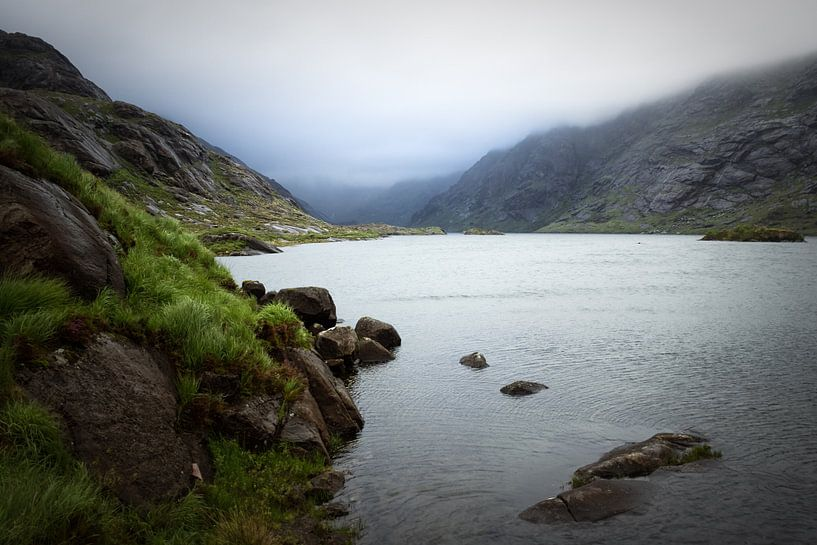Loch Coruisk in clouds van Luis Fernando Valdés Villarreal Boullosa