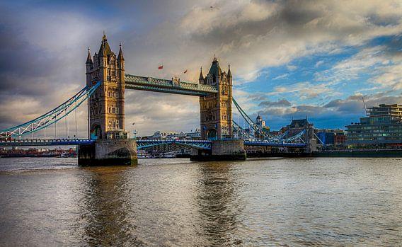 the Tower Bridge van John ten Hoeve