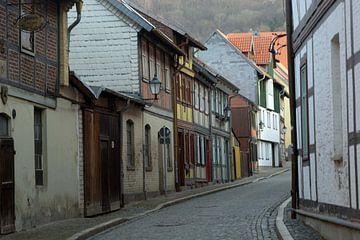 Straße in Wernigerode von Henriette Tischler van Sleen