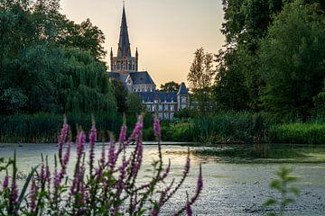 Kirche & Wald 2 von Luna Verbrugghe
