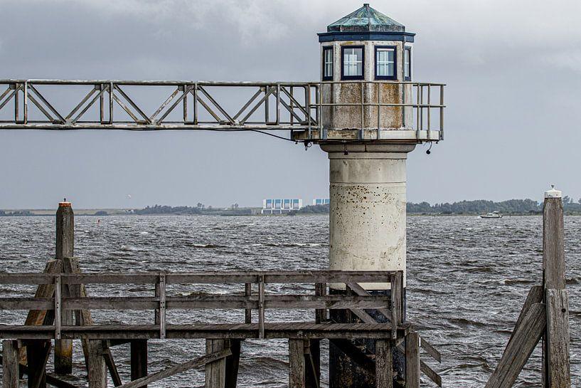 Vieux phare sur Anjo ten Kate