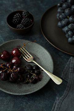 Moody fruits van Isa Dolk
