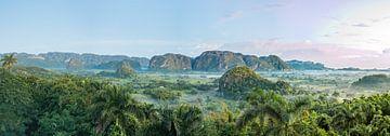 Panorama van Vinales Vallei Cuba von Celina Dorrestein