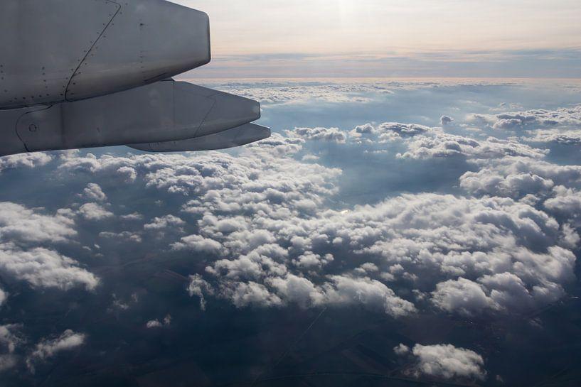 Boven de wolken van Evelyne Renske