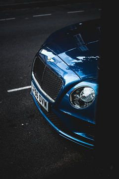 Bentley  van