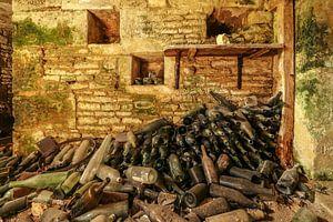 Ein alter Weinkeller in einem Chateau.
