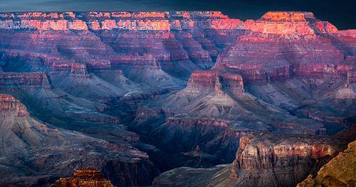 zonsondergang boven de Grand Canyon