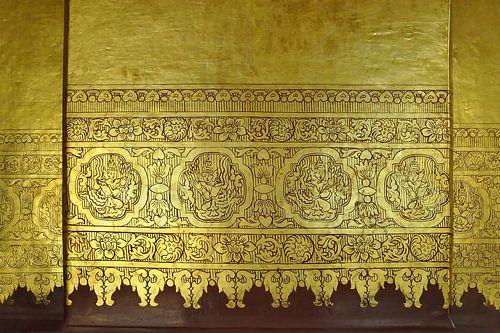 Gouden verering [muurschildering]