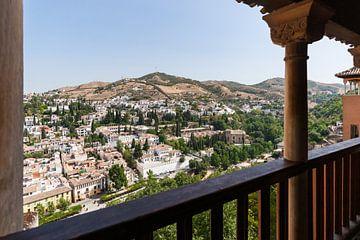 Uitzicht over Granada vanuit het Alhambra van Fotografiecor .nl
