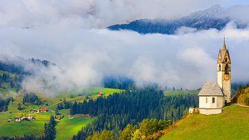 Kirche St. Barbara in Tolpei, Alta Badia, Dolomiten, Südtirol, Norditalien von Henk Meijer Photography