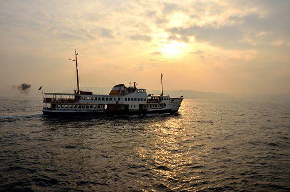 Bosporus van Erol Cagdas