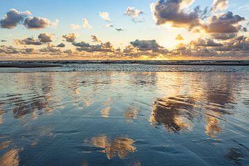 Zee en wolken van Thijs Friederich