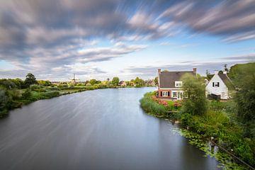 Een zomeravond in Maarssen/ Oud Zuilen met windkracht 10 van Michel Geluk